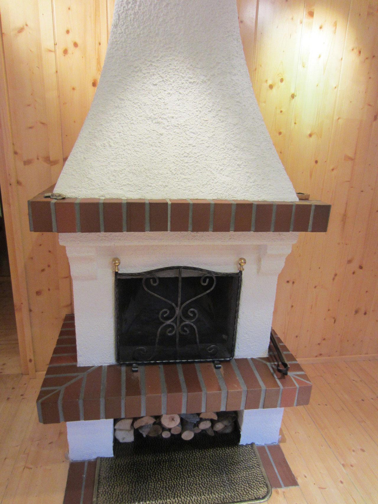 Zirbenwald Lodge - gemütlicher Kamin für die langen Winterabende