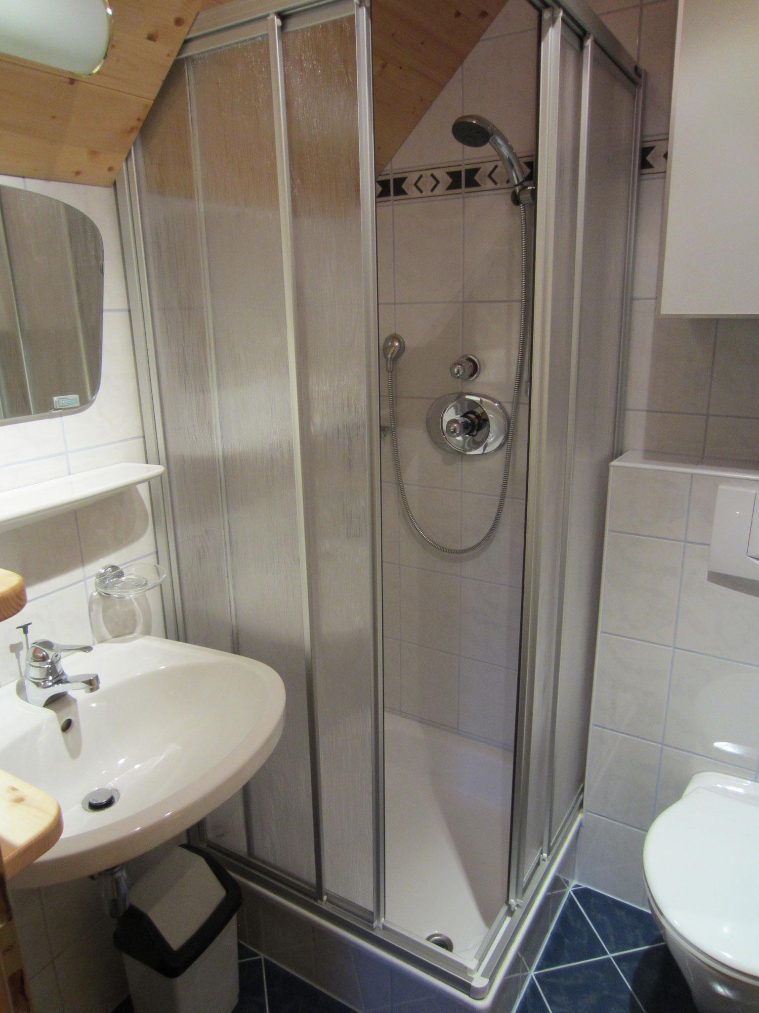Bad/WC zum Schlafzimmer Kiefer