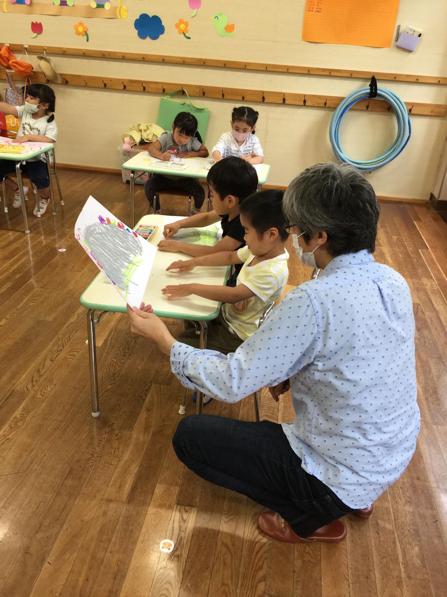 絵画の指導をして頂く「高島先生」