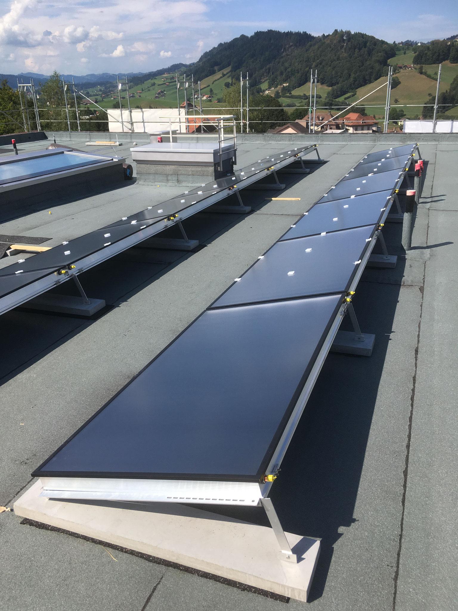 Thermische Aluminiumrahmen Solarkollektor  AF24UE4 Flachdach Montage