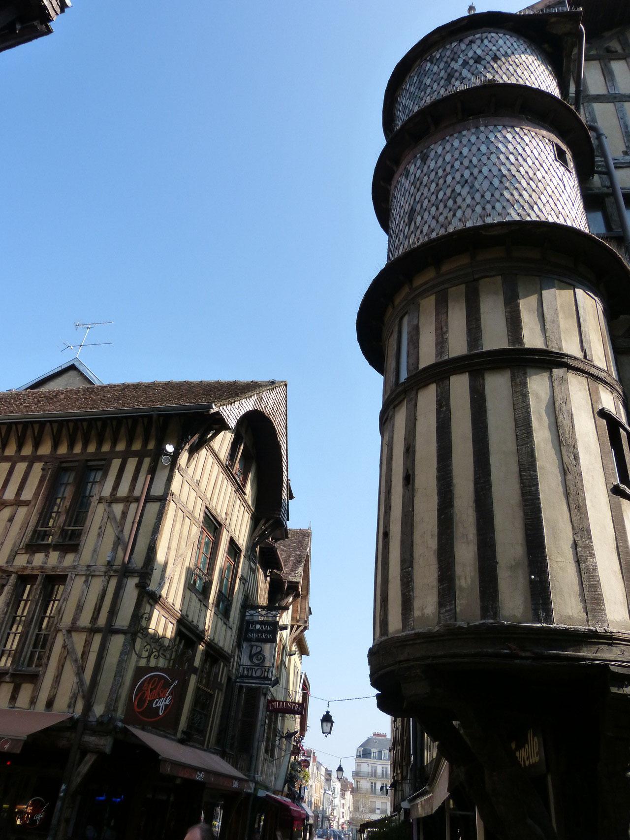 la tour des Orfèvres à Troyes