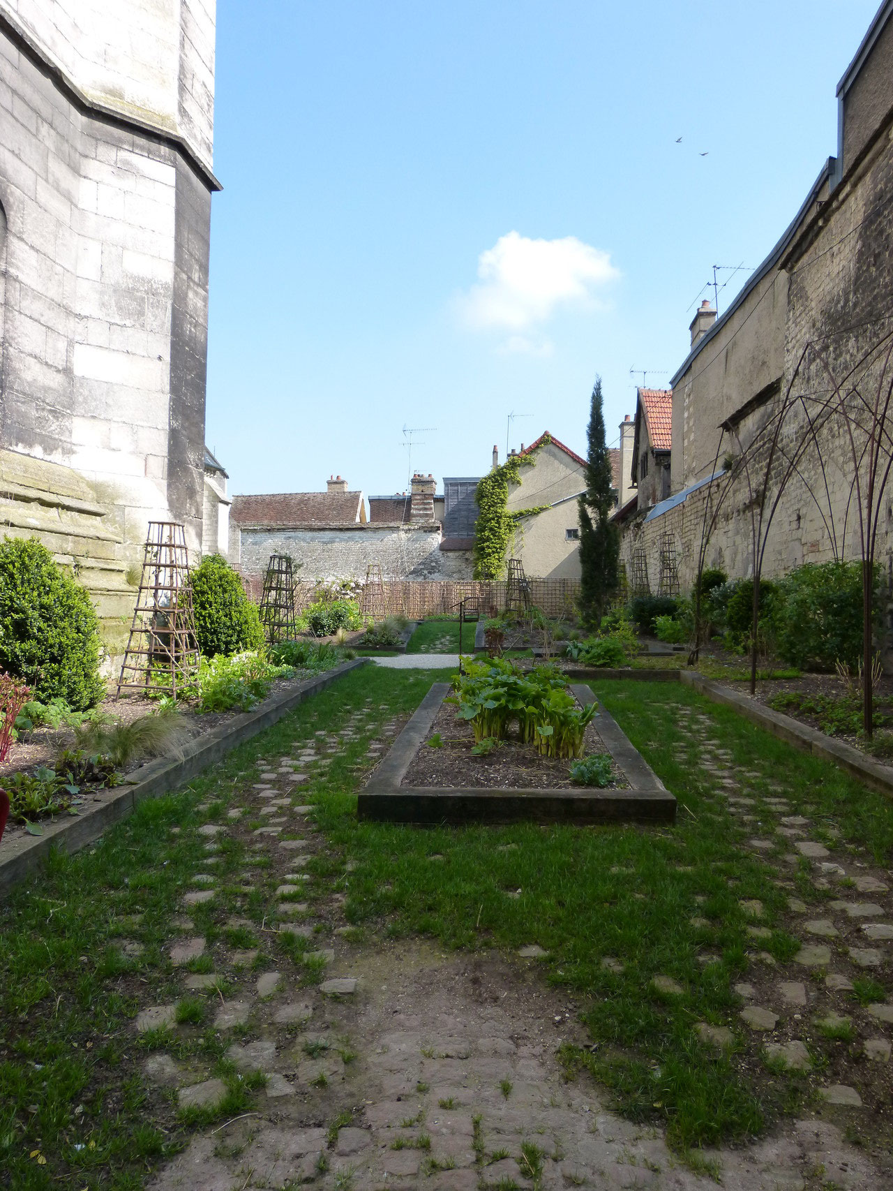 jardin des Innocents à Troyes