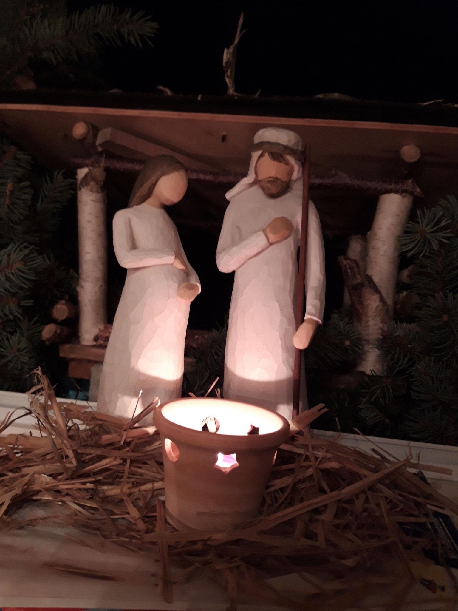 Maria und Josef haben ein Quartier gefunden in Tschirma.