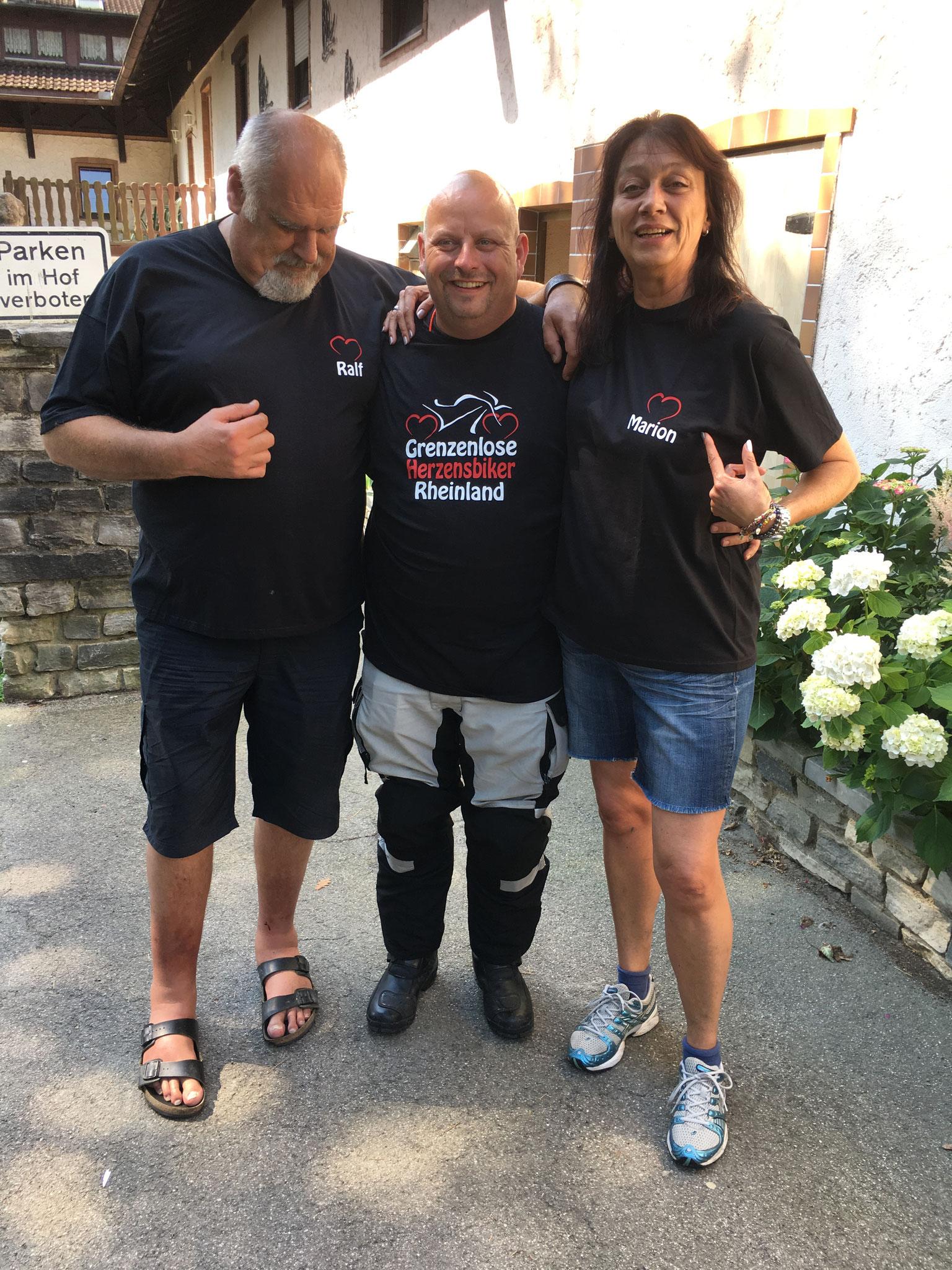 Ehrenmitglieder Herzensbiker, Ralf G. Schöner und Marion Springmann