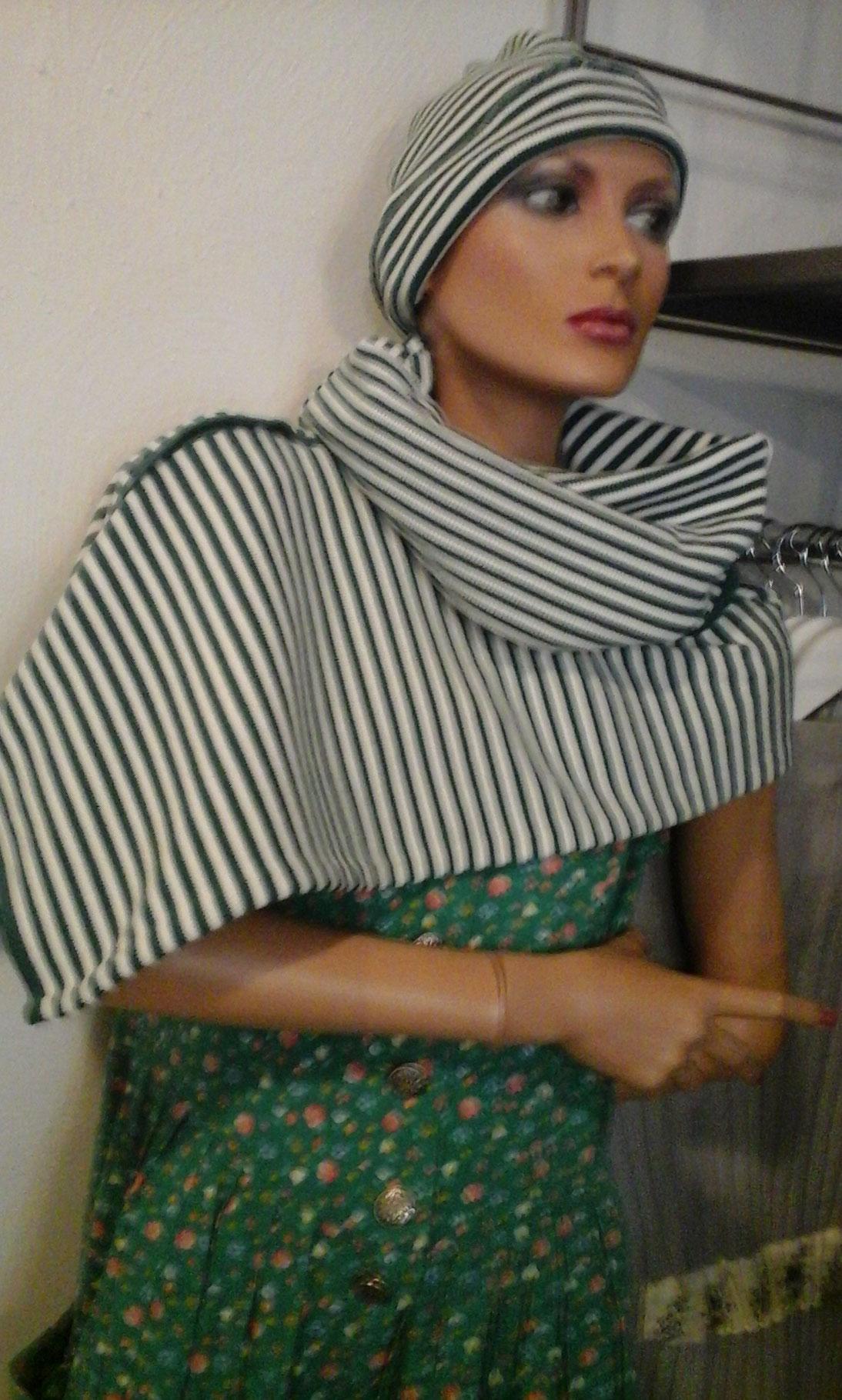 a brandnew scarf, sold, designed and made by Beate Gernhardt, Photography: Jan Gernhardt