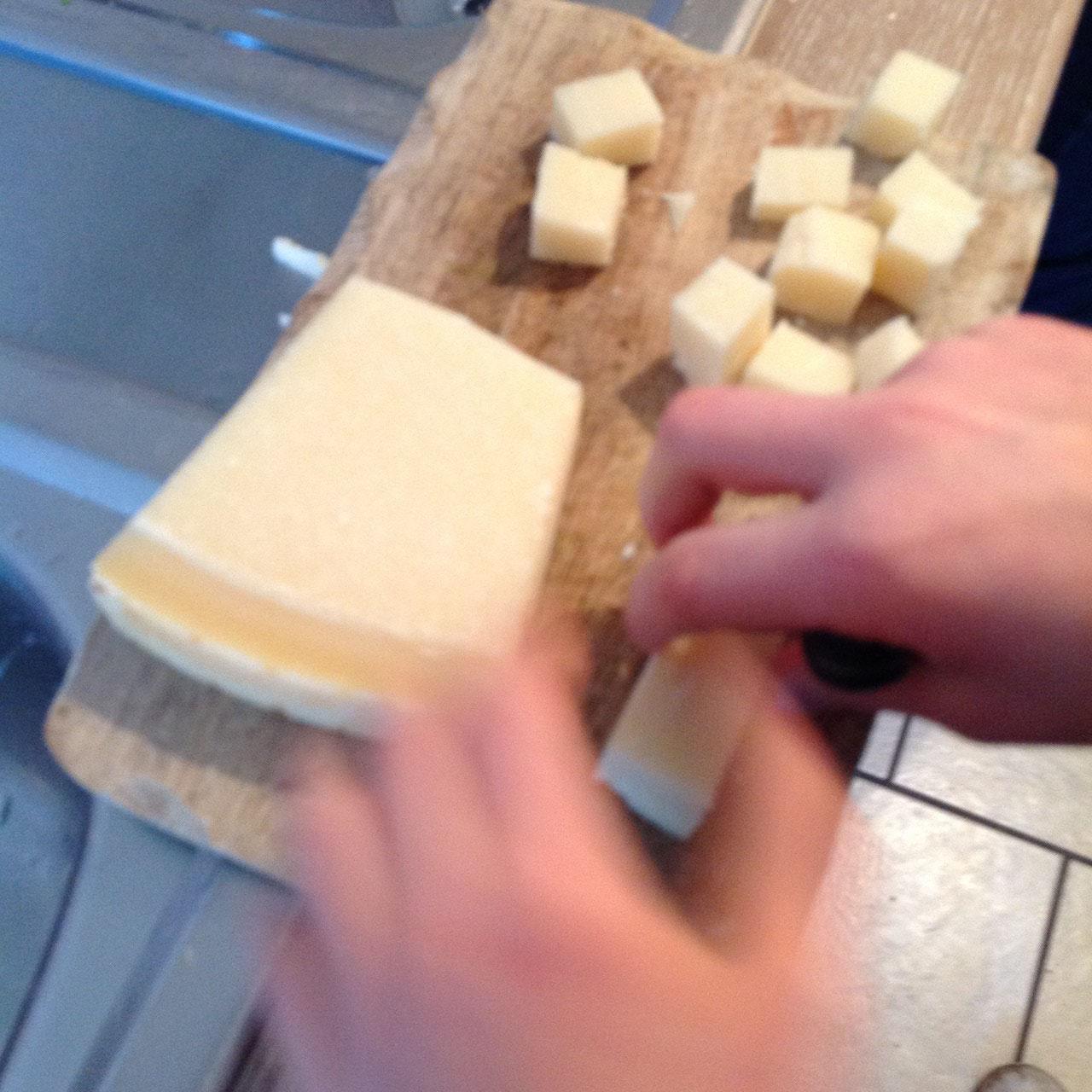 Das ist Parmesan-Käse.