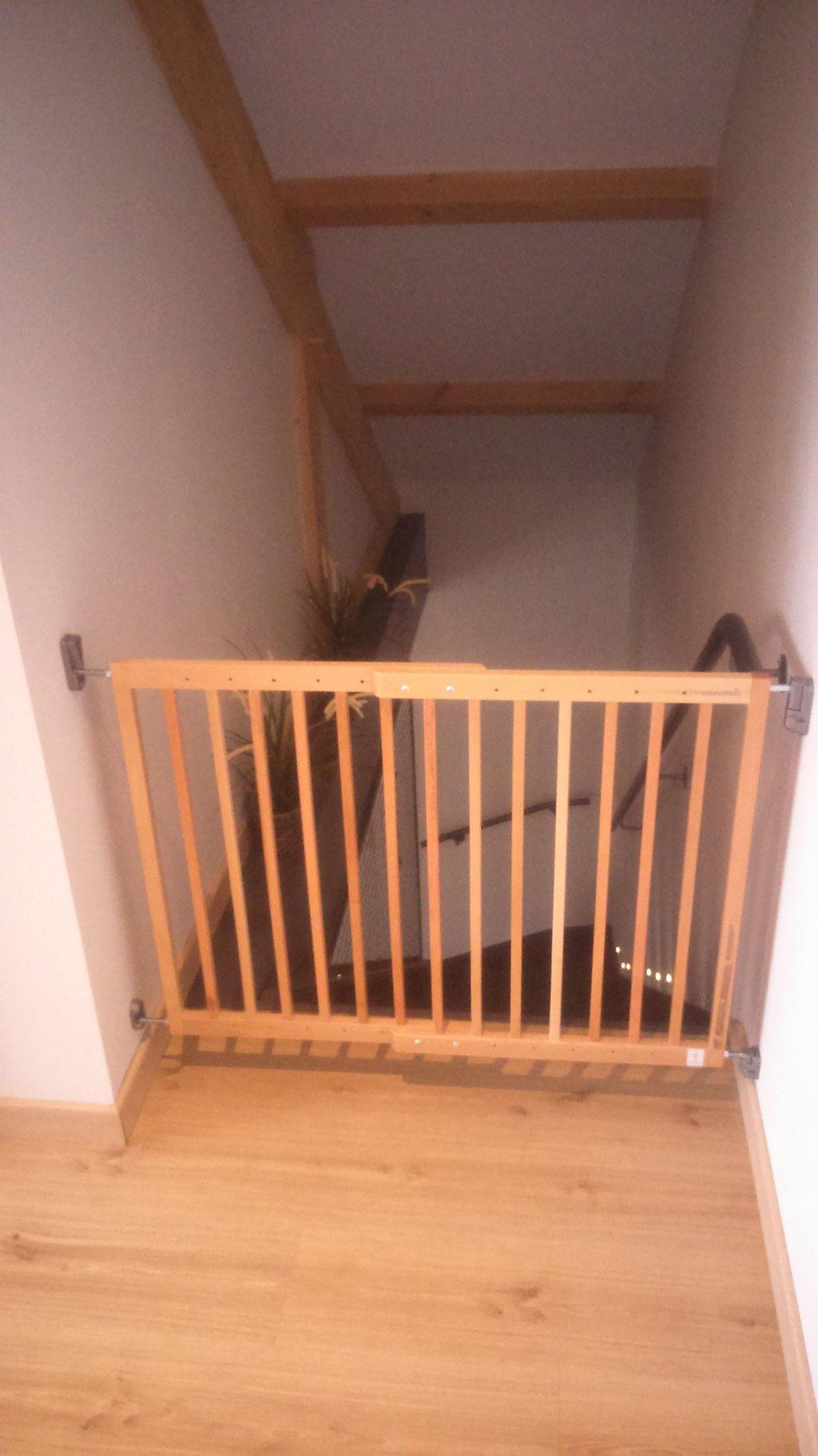 Barrière enfant escalier