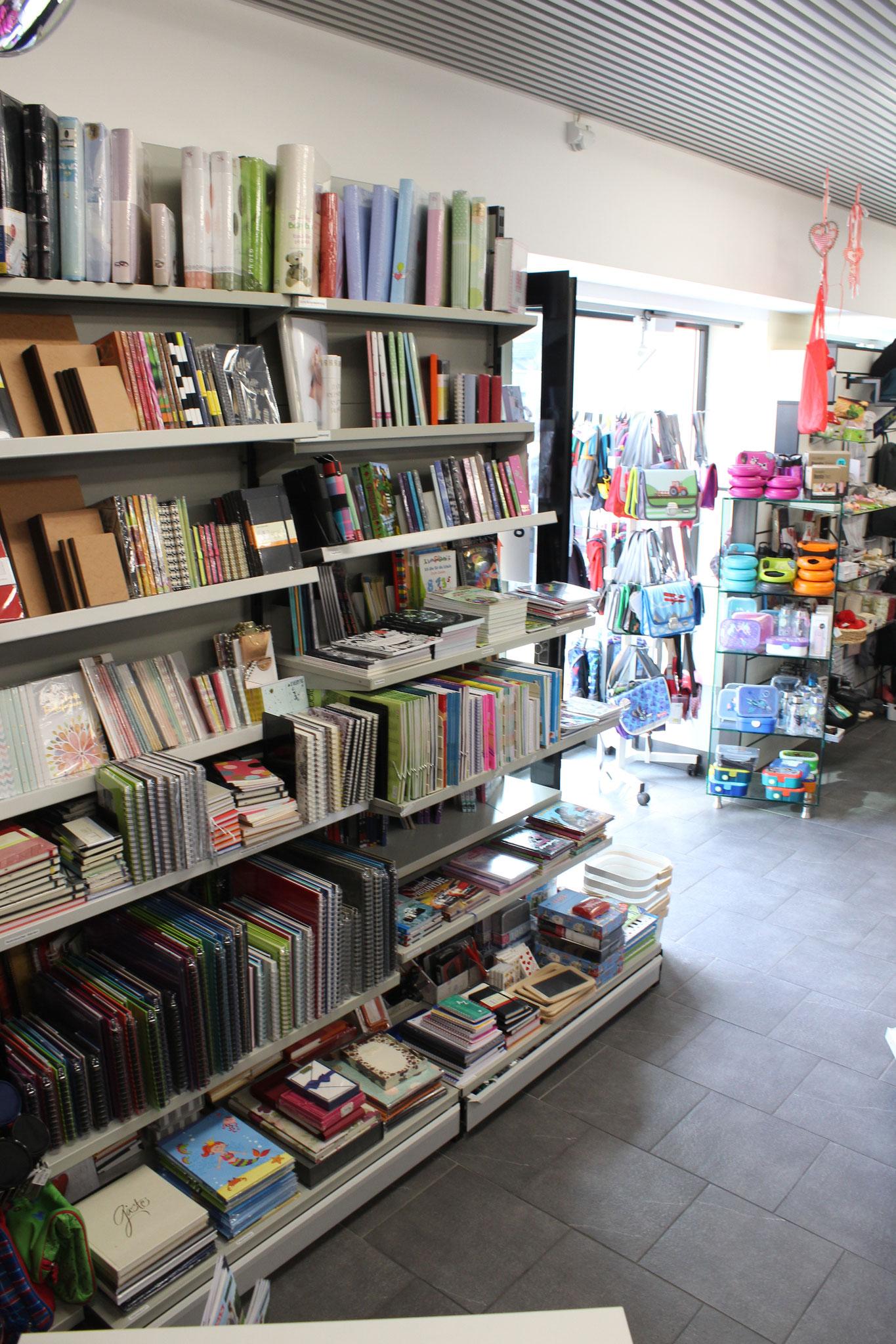 grosse Auswahl an Notiz-Bücher