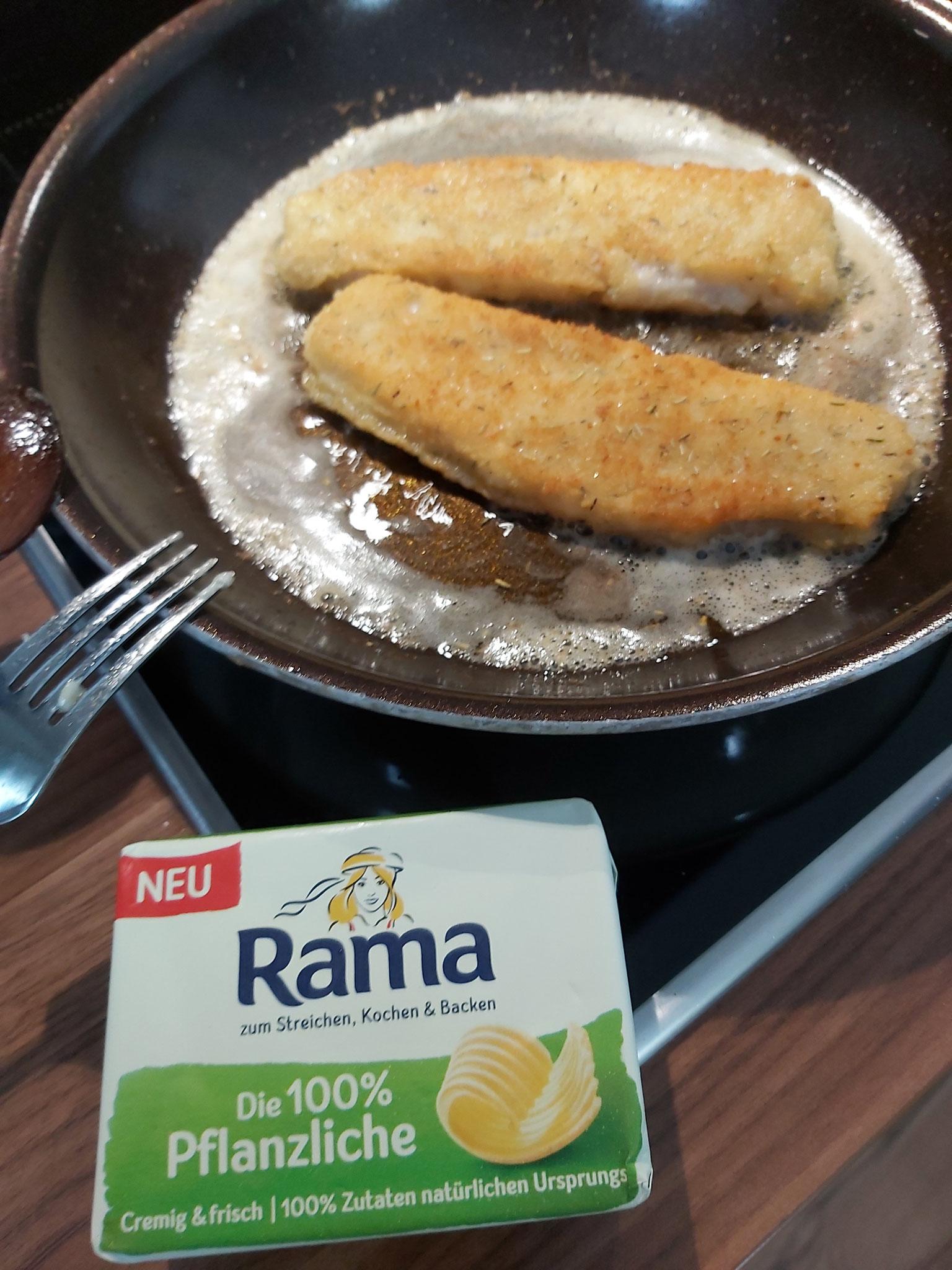 Bratfisch mit der pflanzlichen Butter
