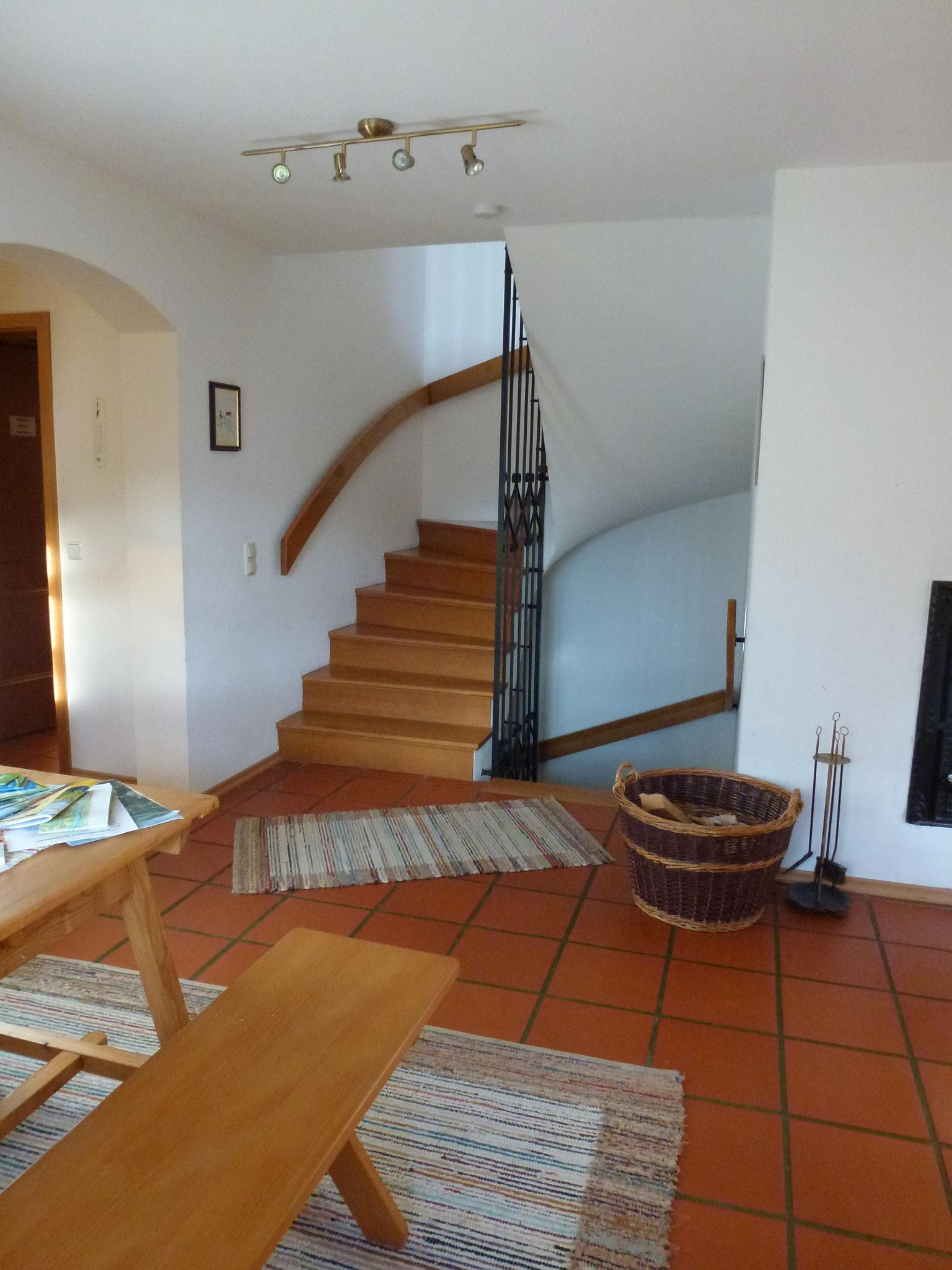 Treppenhaus mit Kamin
