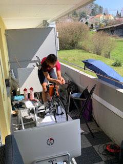 Rollentraining auf dem Balkon