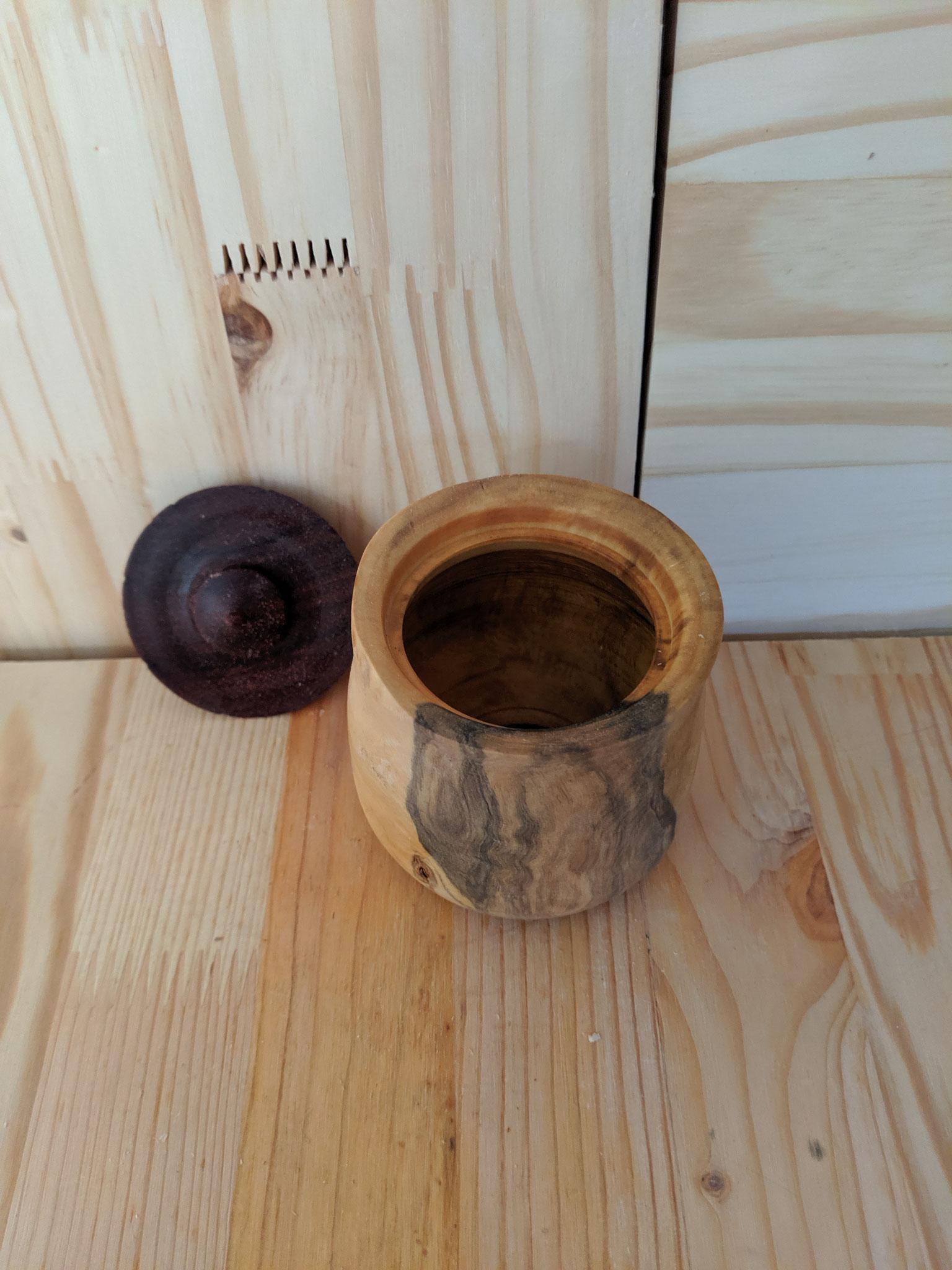 petite boite en buis avec couvercle en padouk