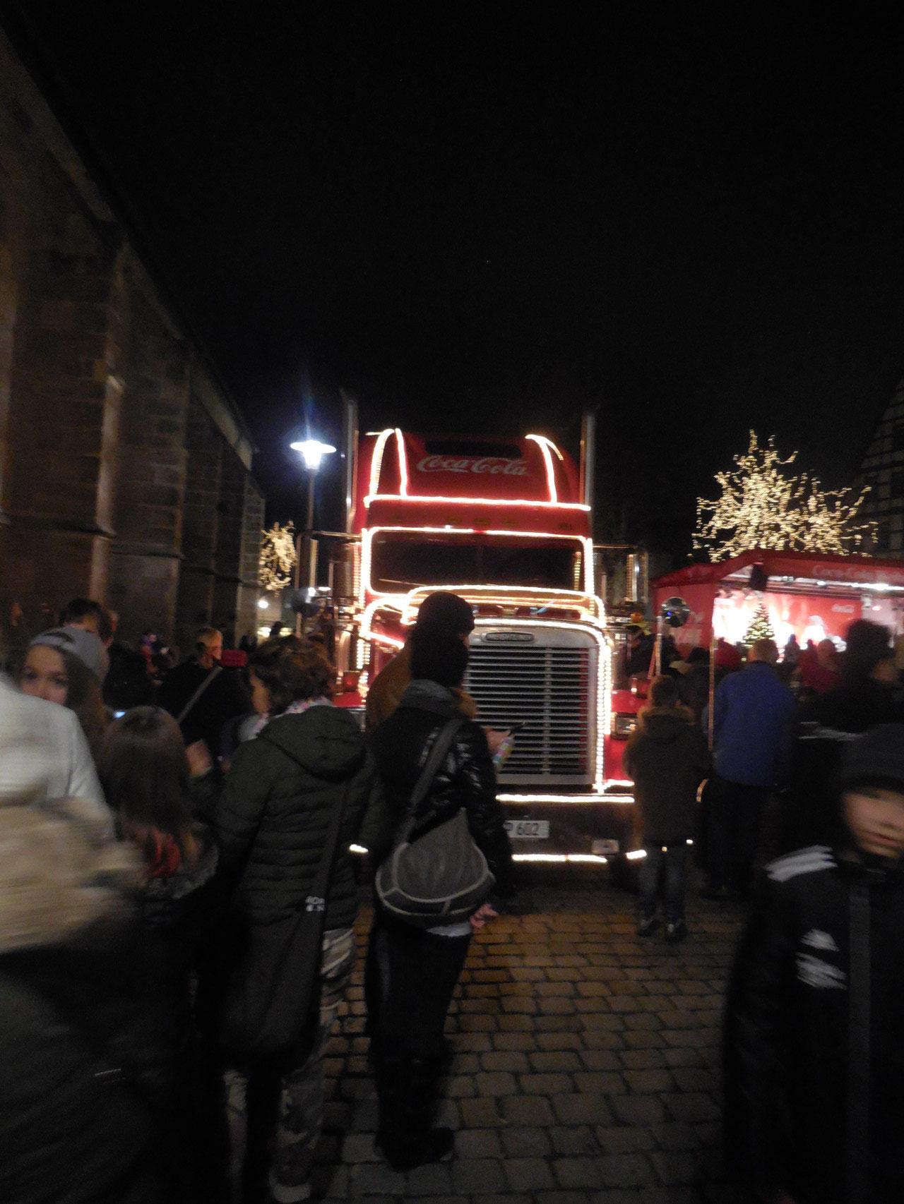 Der Weihnachts•truck von Coca Cola kommt nach Schwabach.