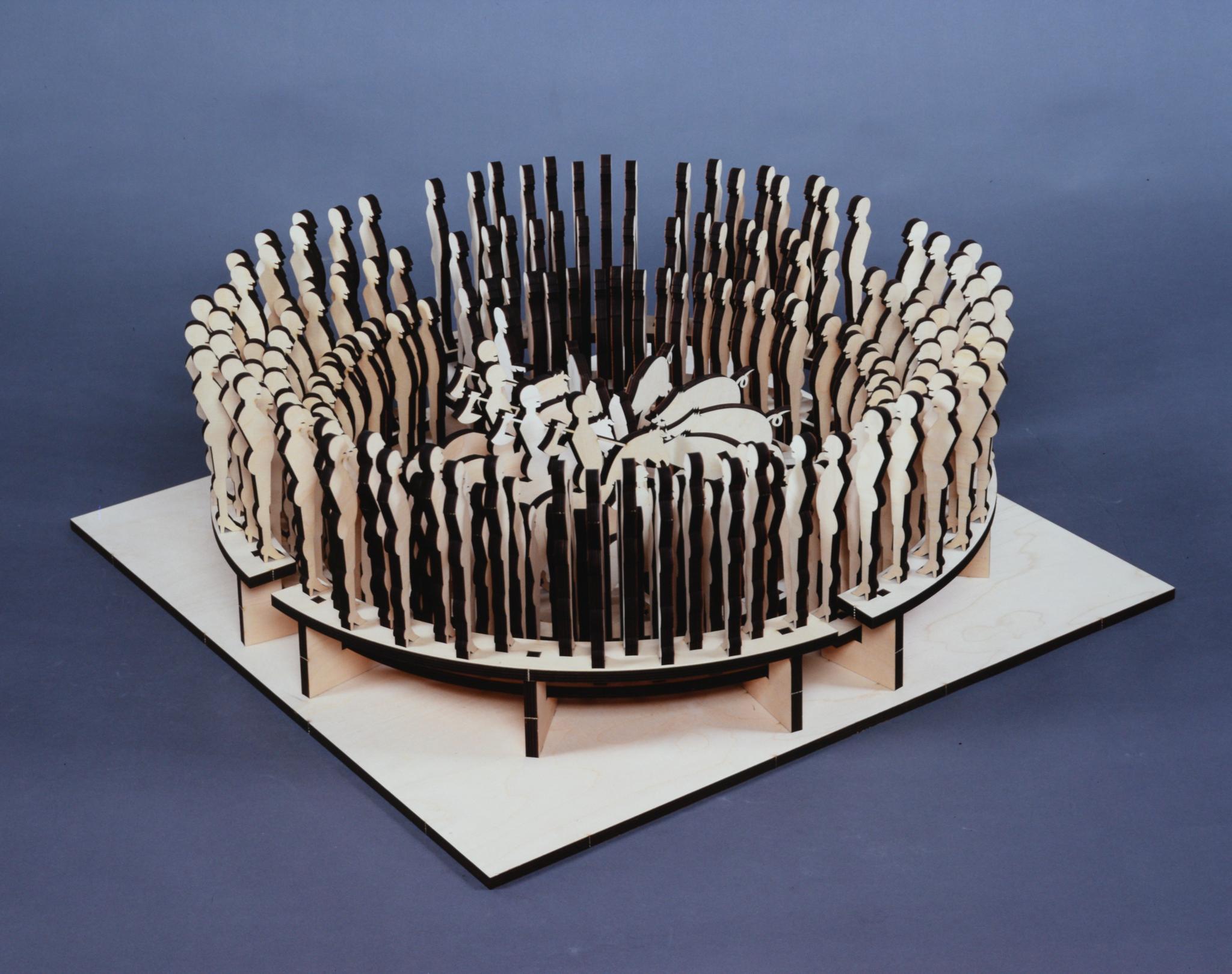 """Zirkus"" 2001, Schichtholz gelasert, 30 x 80 x 83 cm - Foto Hadler"