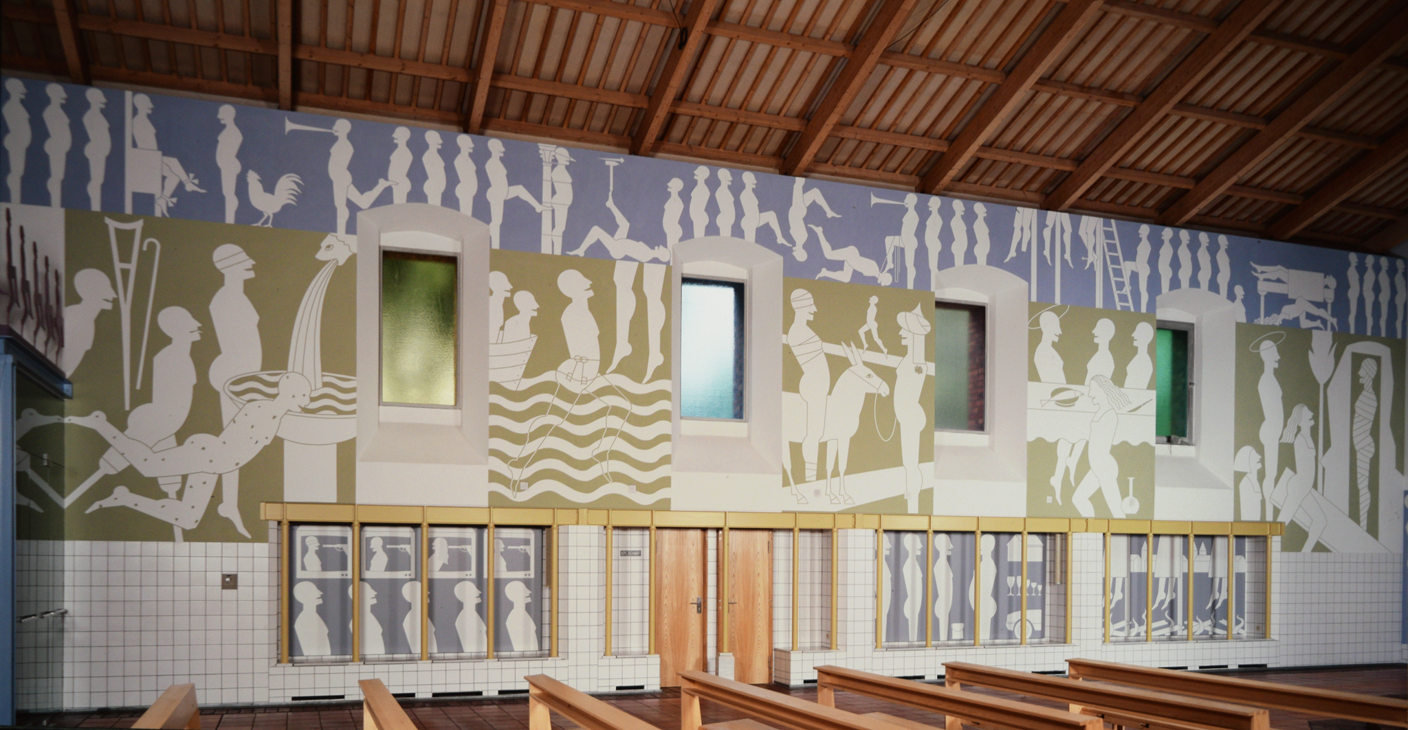 Mur gauche: Nouveau Testament, péchés, glorification de la violence, contrast riche/pauvre, intolérance - Foto Hadler