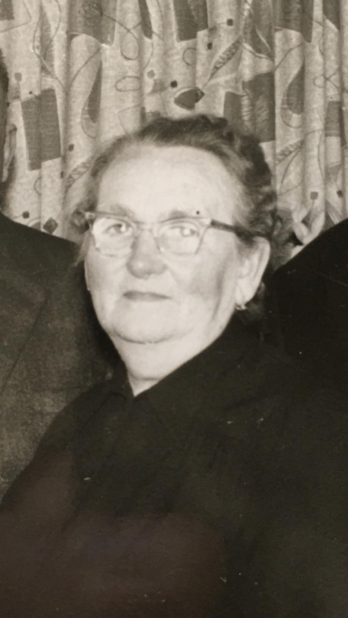 Katharina Geringer ( Geschwister Karl, Johann, Joschi, Anton, Katharina )