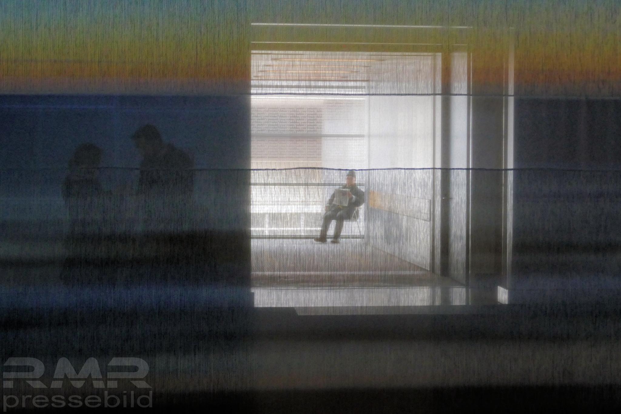 Der einsame Leser © mainhattanphoto/Klaus Leitzbach