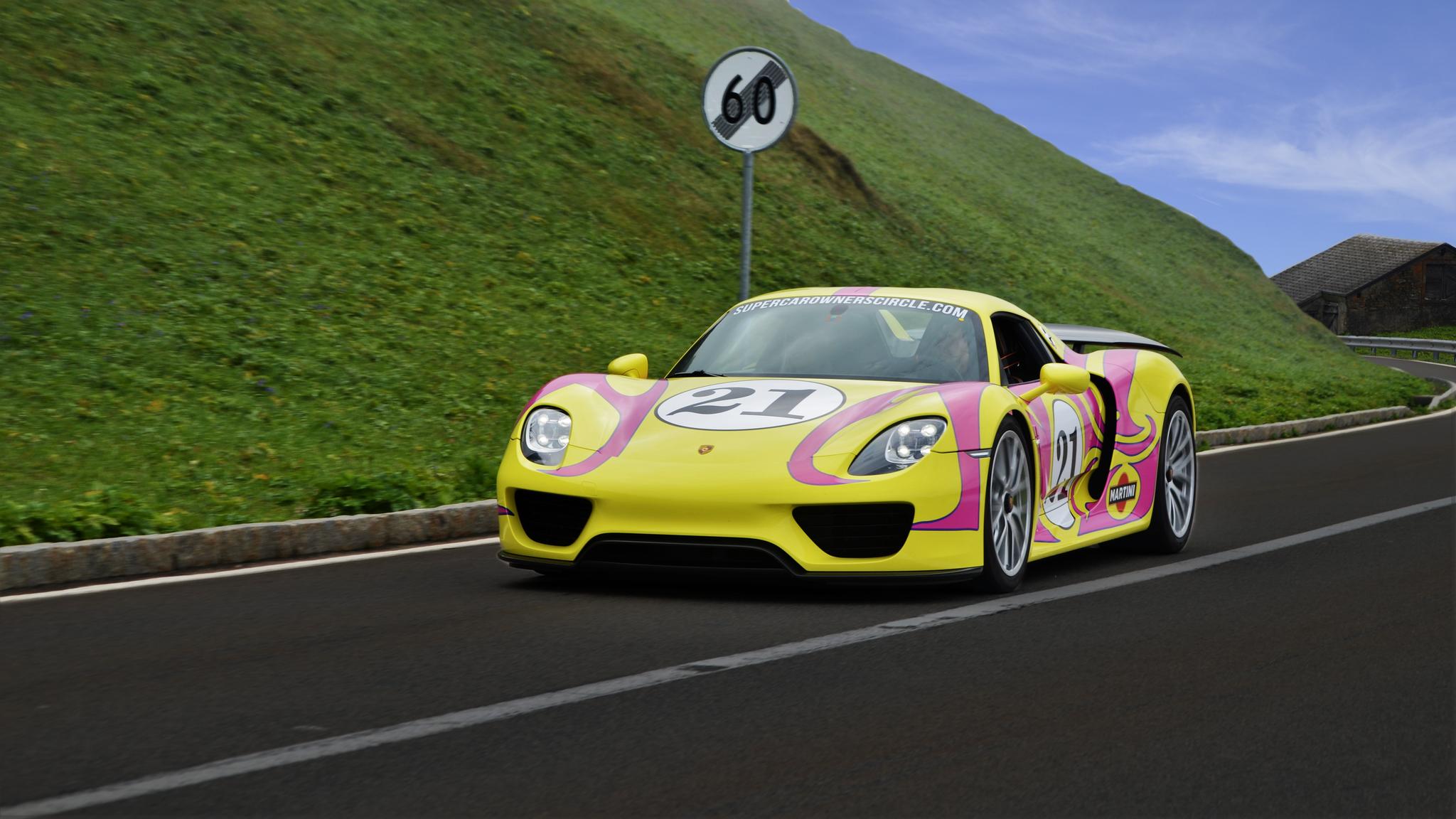 Porsche 918 Spyder - BE-91801 (CH)