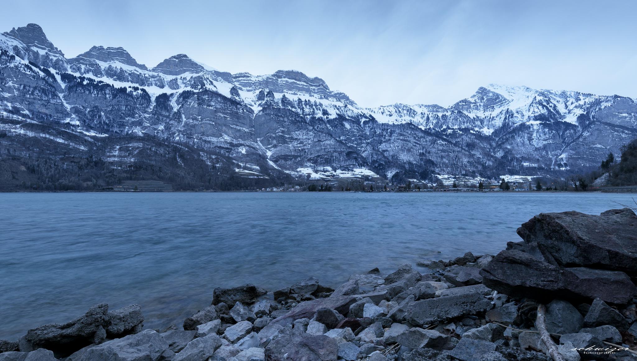 Wintermorgen am Walensee