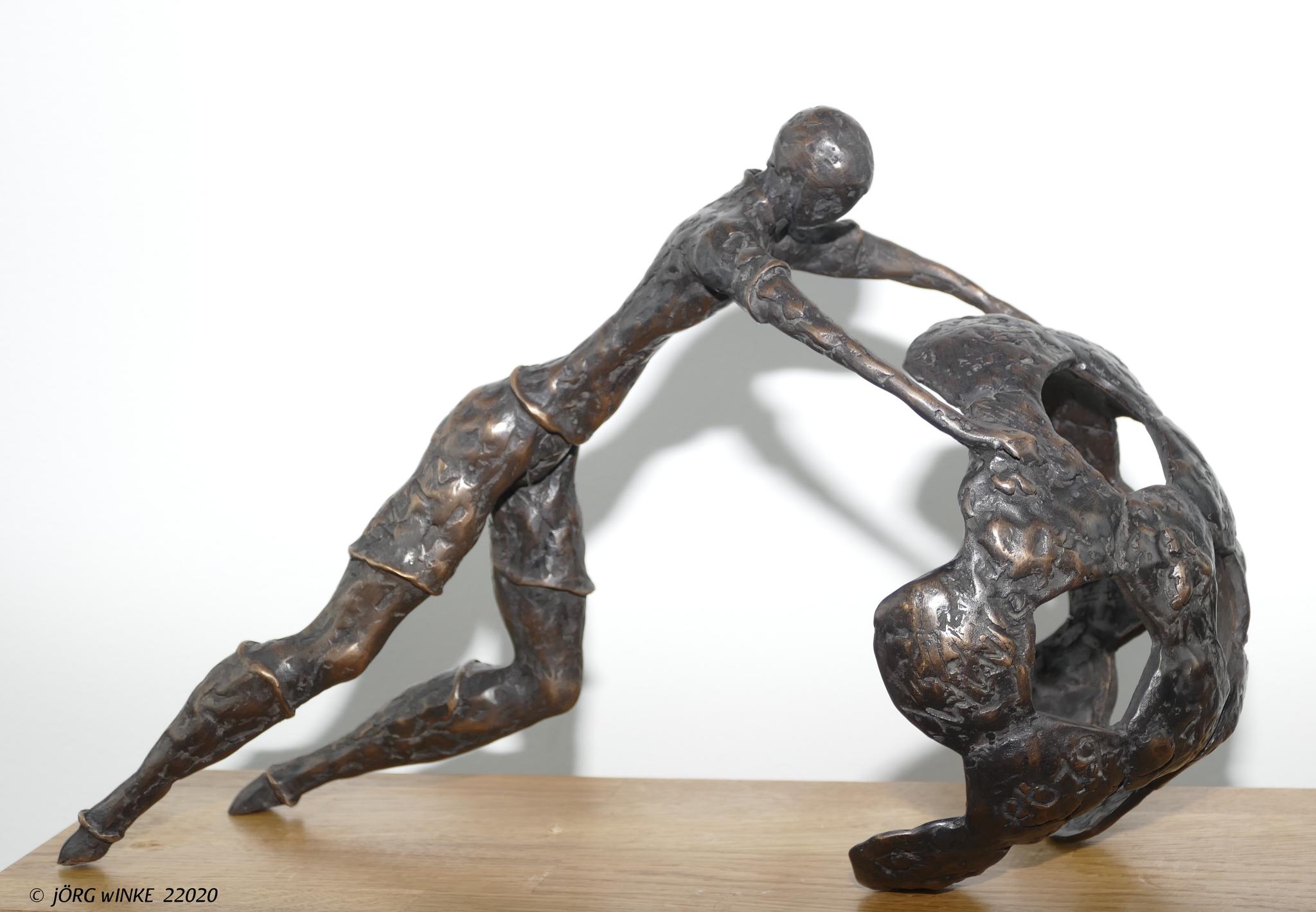 """"""" Warm up """"  aus feiner Bronze, Auflage: 12 Exemplare"""