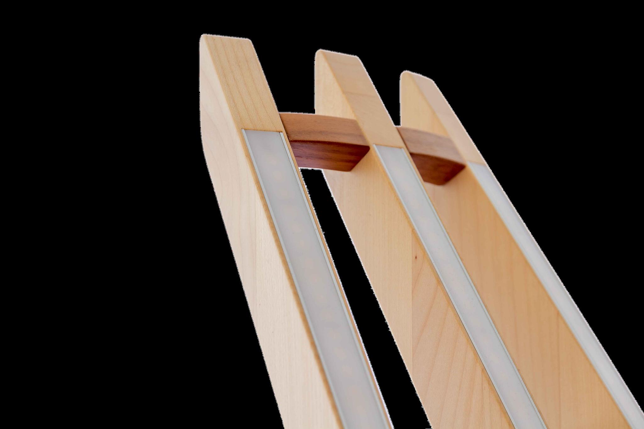 Design - Stehleuchte aus Holz LED Abedeckung