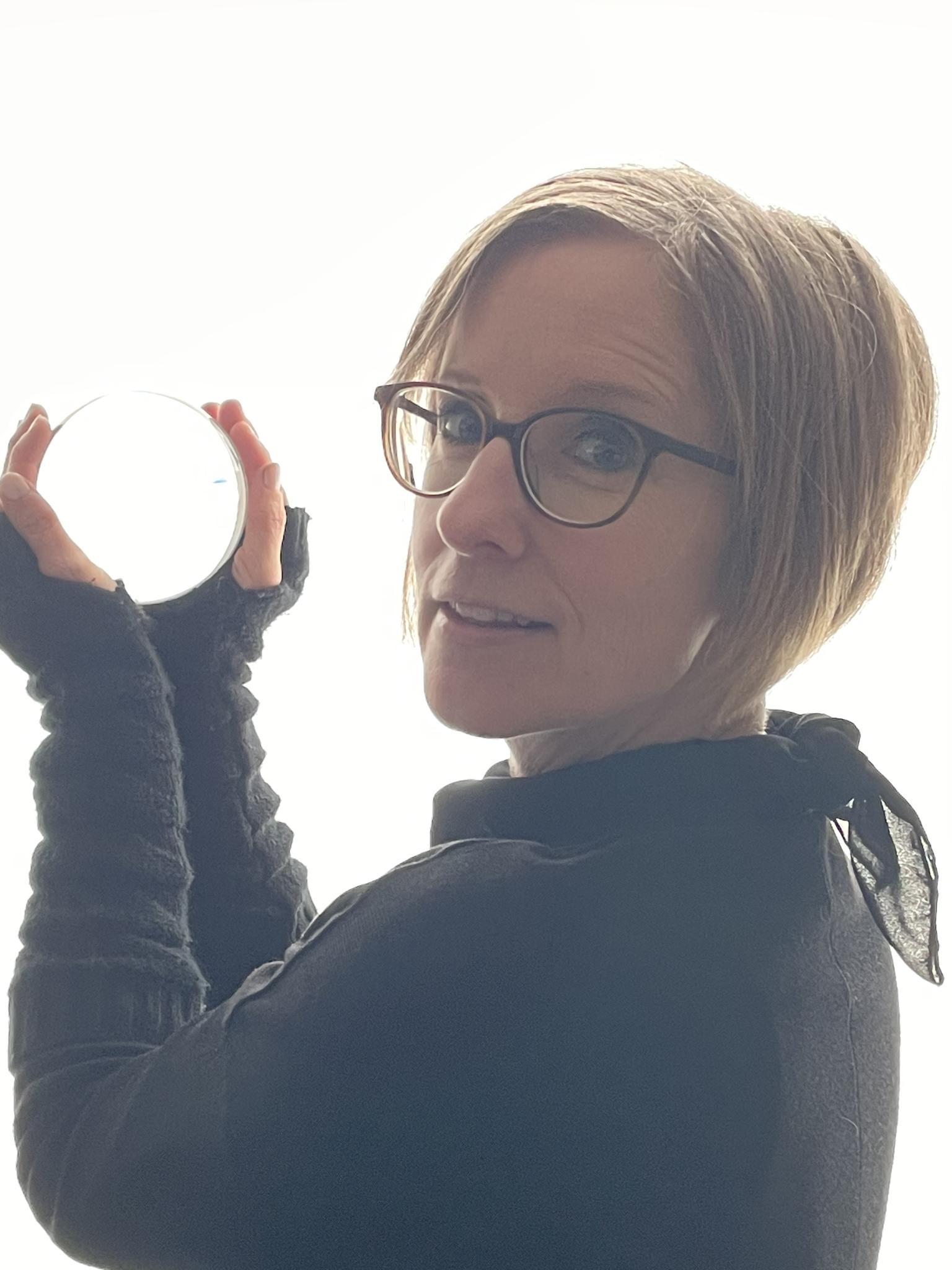 Susanne Geppert, Dipl.-Pflegewirtin (FH) und Lehrerin für Pflegeberufe, erarbeitet Lernmaterial für die Pflegeausbildung.