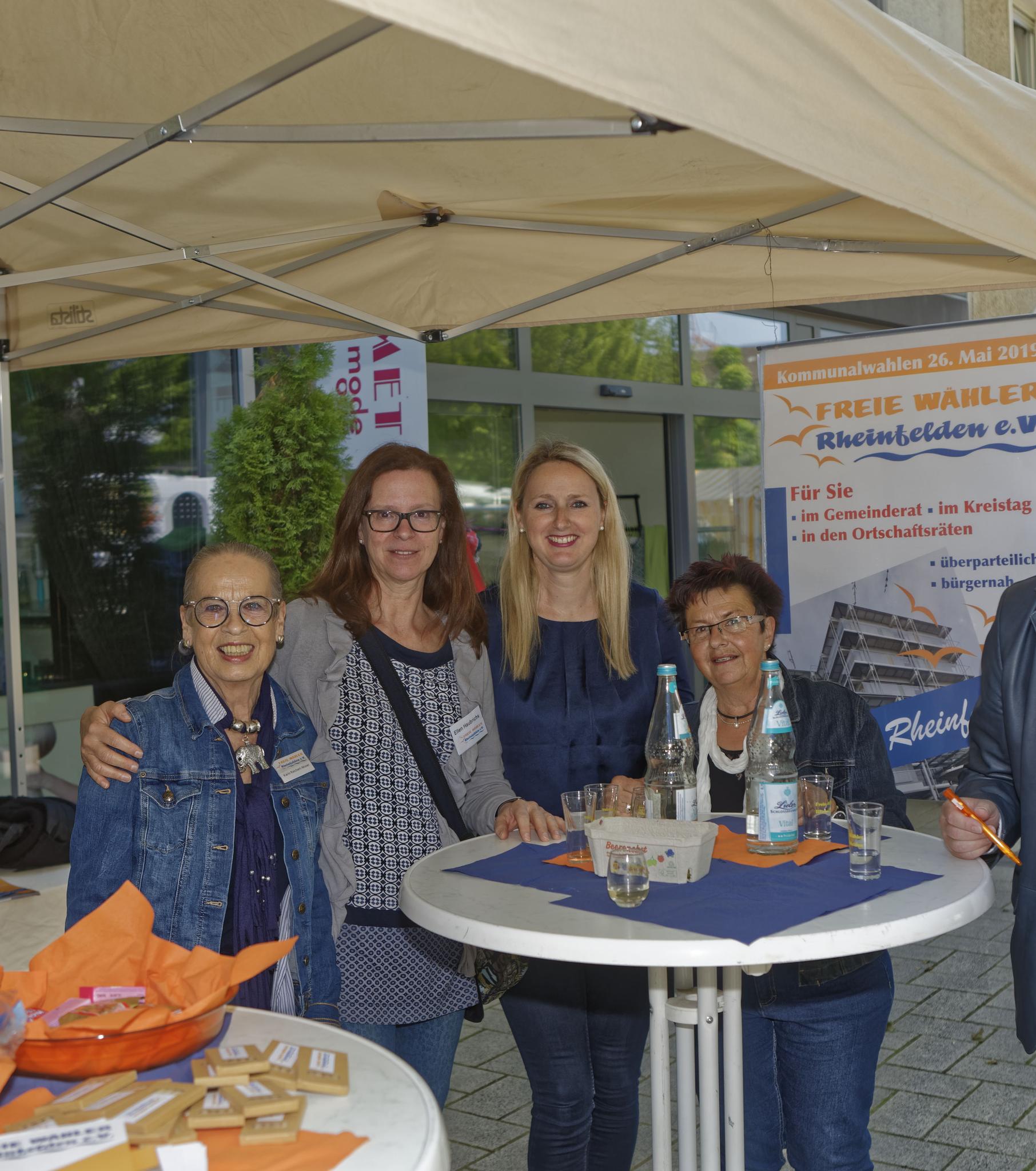 Vier Damen vom Grill – v. l. Karin Reichert-Moser, Ellen Haubrichs, Rita Baumgartner und Rita Rübsam