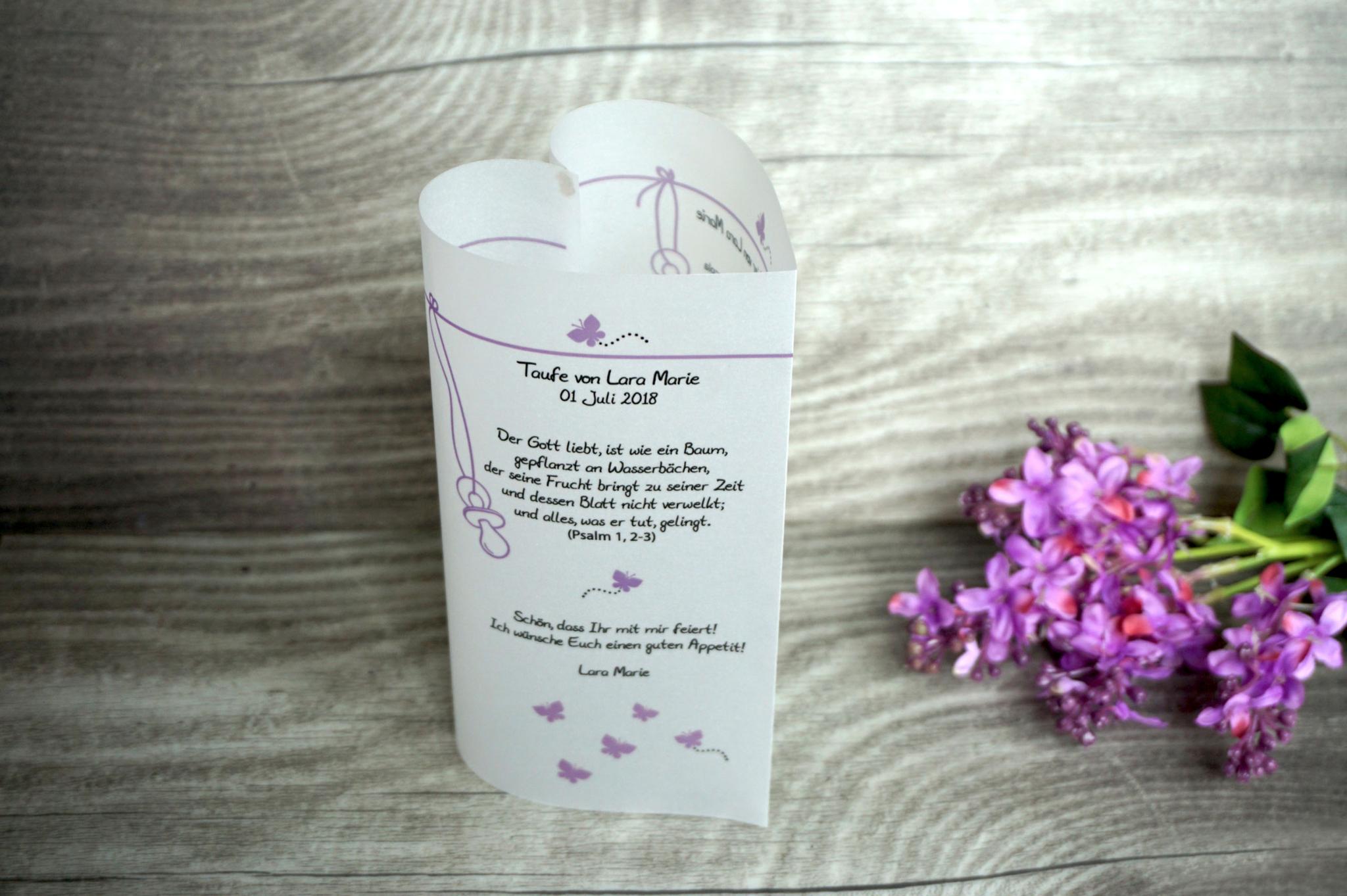 Menükarte Taufe 17cm, Design Schmetterlinge, Farbe Flieder