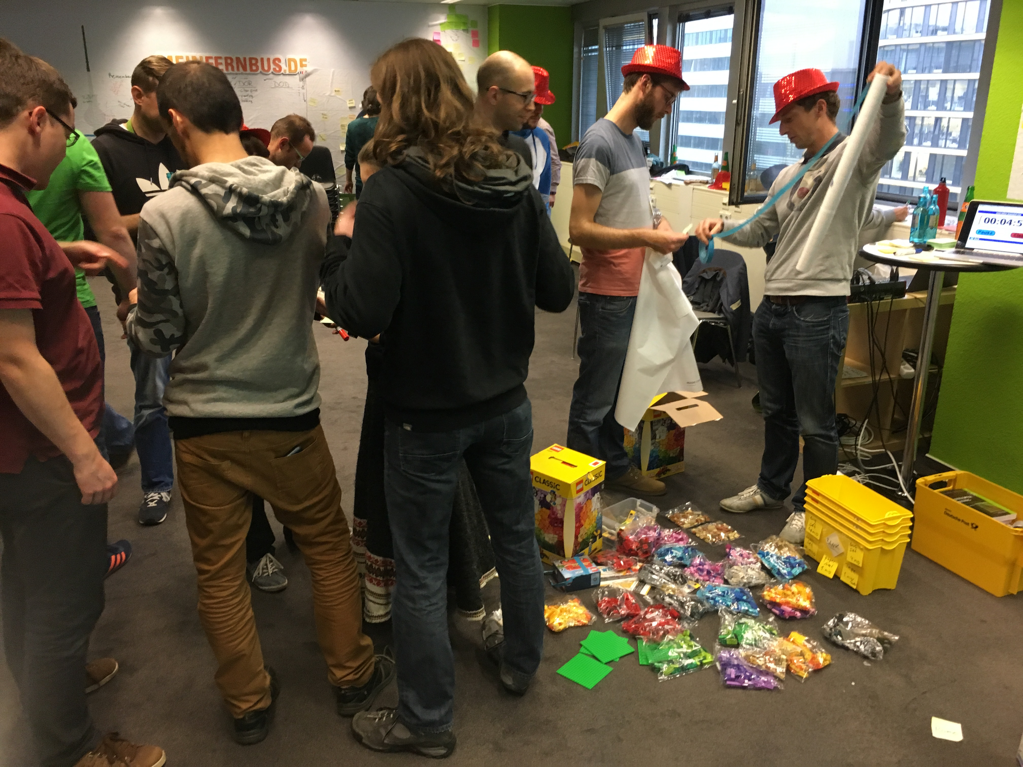 Scaling agile: scaled lego4scrum - done with 155 people!