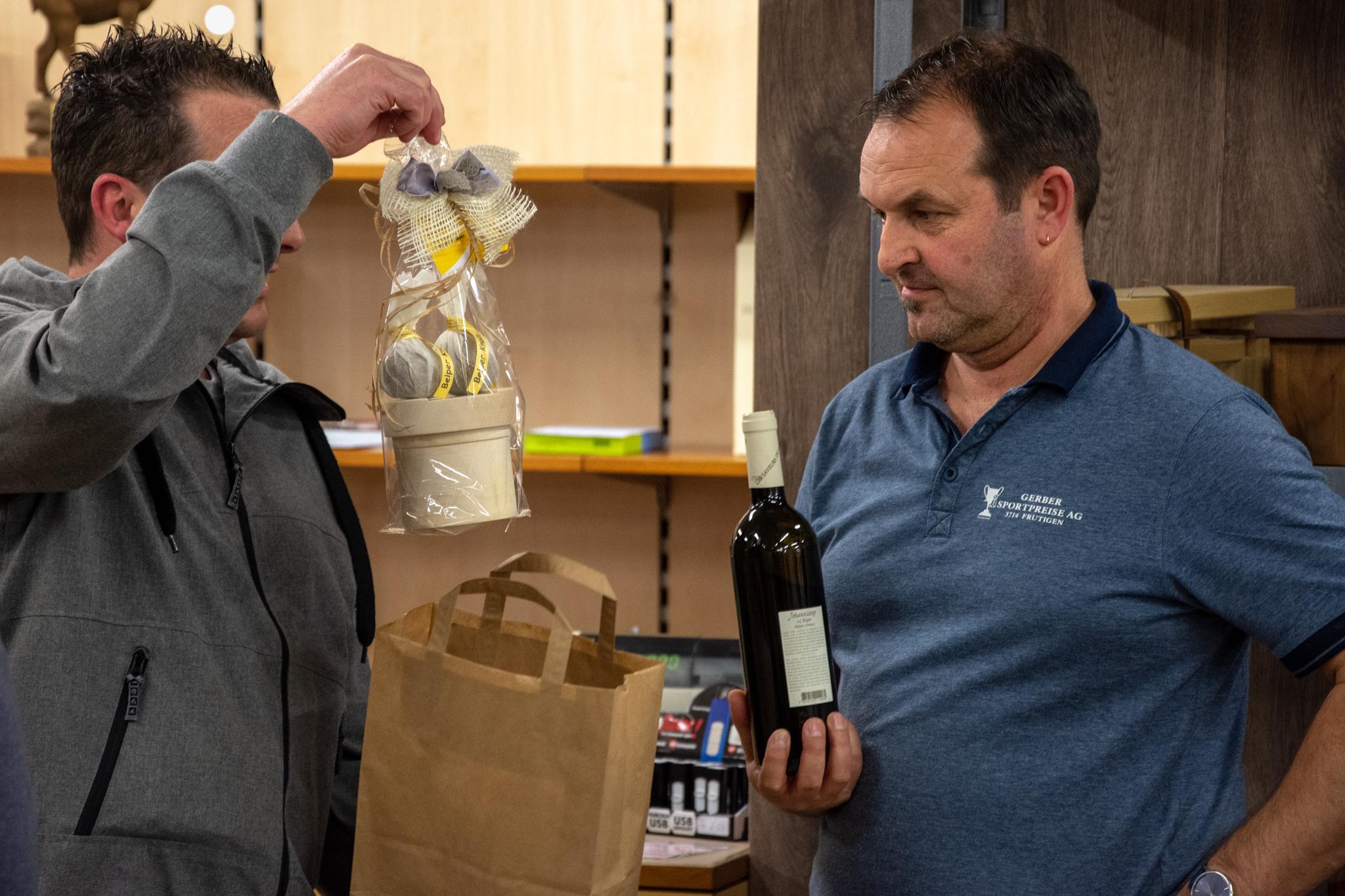 Ein herzliches Dankeschön aus Belp: Belper Wein und Belperknolle