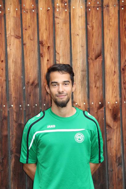 Trainer Darius Hosseni