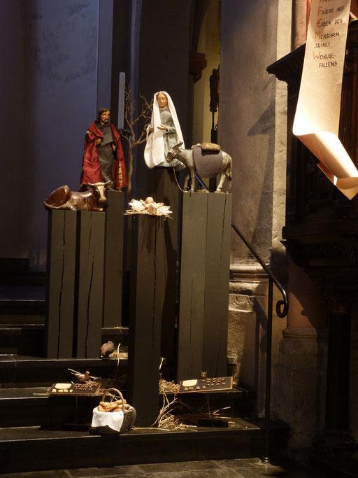 Sie finden dann Maria mit dem Kind .... (Milieukrippe Sankt Maria Lyskirchen, Idee und Konzeption: Benjamin Marx, Foto: Matthias Schnegg)