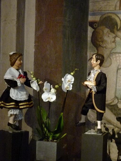 Der hillige Knächt beschenkt seine Magd ... (Milieukrippe Sankt Maria Lyskirchen, Idee und Konzeption: Benjamin Marx, Foto: Matthias Schnegg)