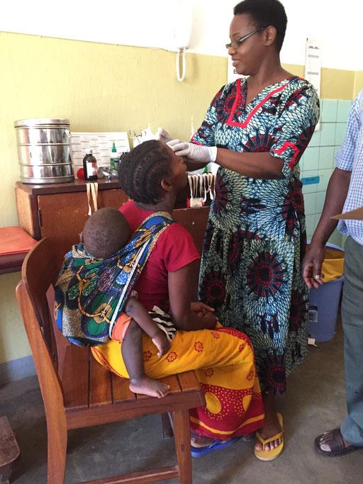 Beim Verbinden durch Eye Nurse Afra