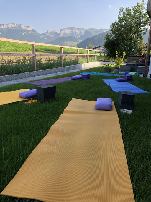 magic-view-yoga