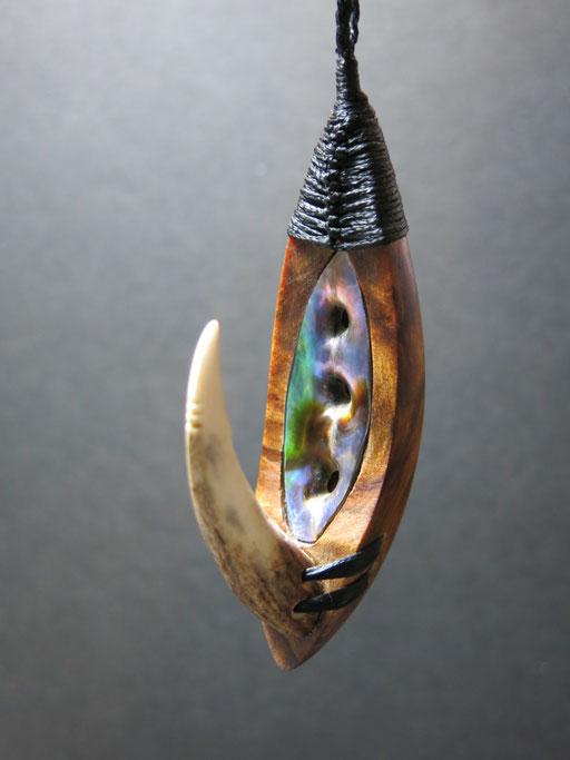 Hei Matua / Kauri Root+Deer Antler+Paua Shell