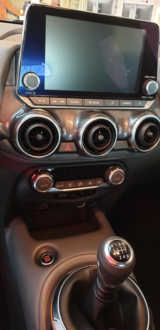 Nissan JUKE 2019 N-CONNECTA