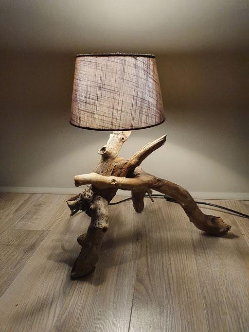 lampe bois flotée disponible