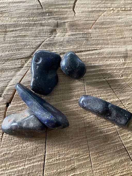 Opale noire  Nimalaé Lithothérapie et boutique de minéraux