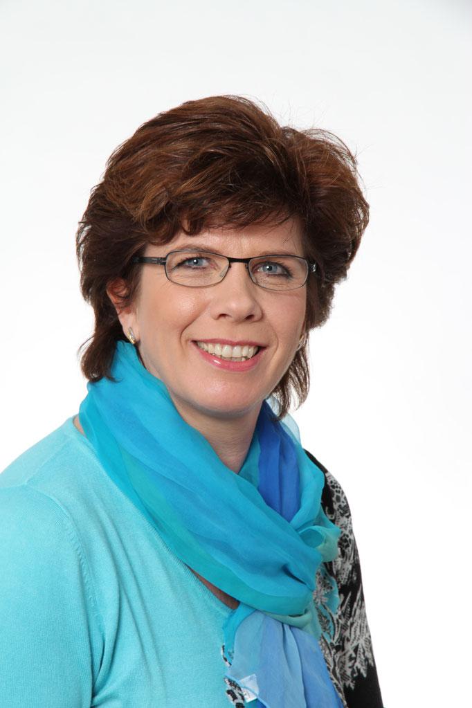 Rothlin-Sidler Ursula IBCLC; D, F, I, E ; Bewilligung SZ, SG