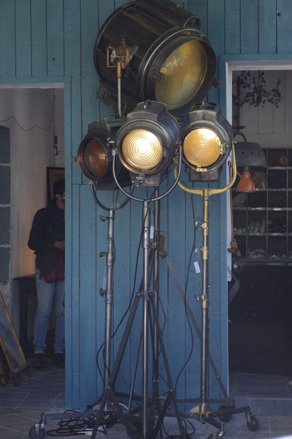 spécialise en éclairage