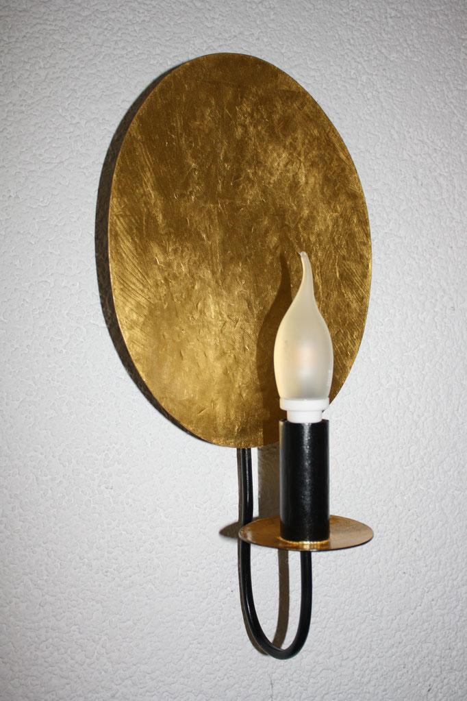 Wandlampe aus Messing, Blattvergoldet