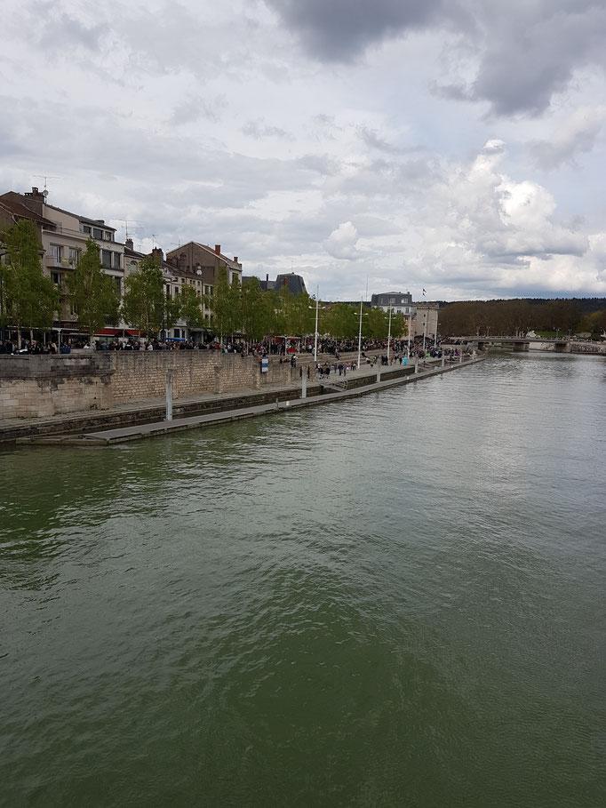 Quai de Londres,Verdun-Meuse
