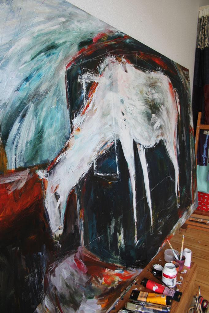 """Dreaming horse"" (Juli 2019), freie Arbeit, Acryl auf Collage auf Leinwand (145 x 270cm)"