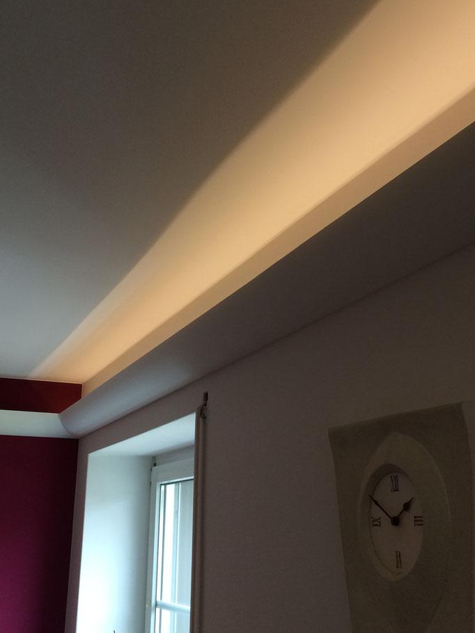 Warmlicht als Doppel LED Streifen mit Dimmer