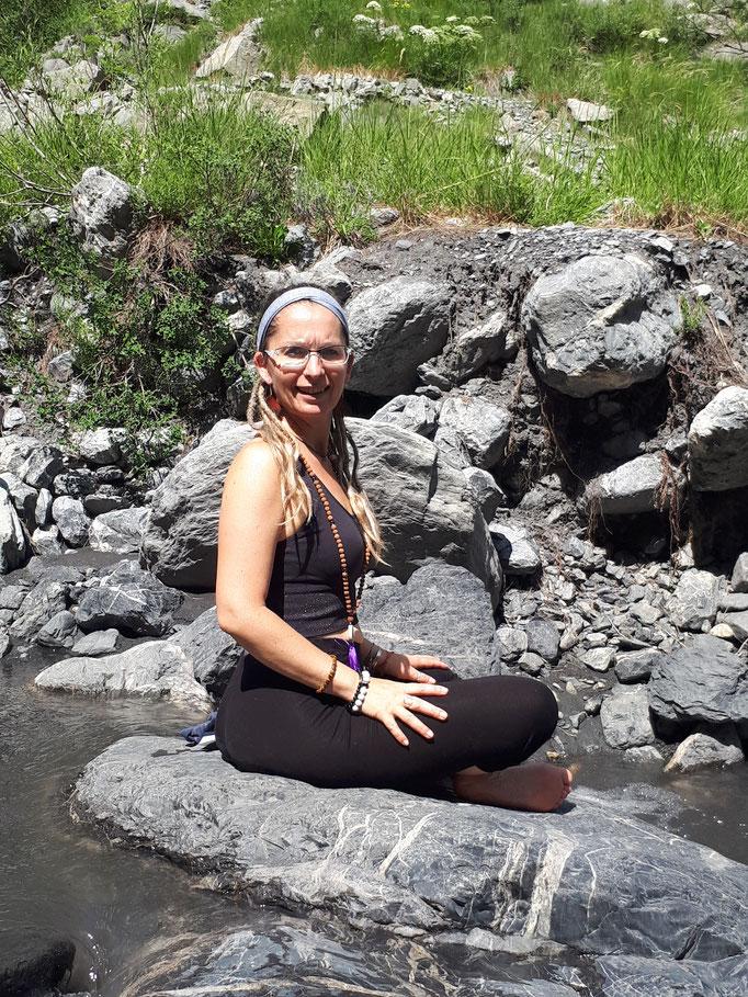 Méditation à la rivière