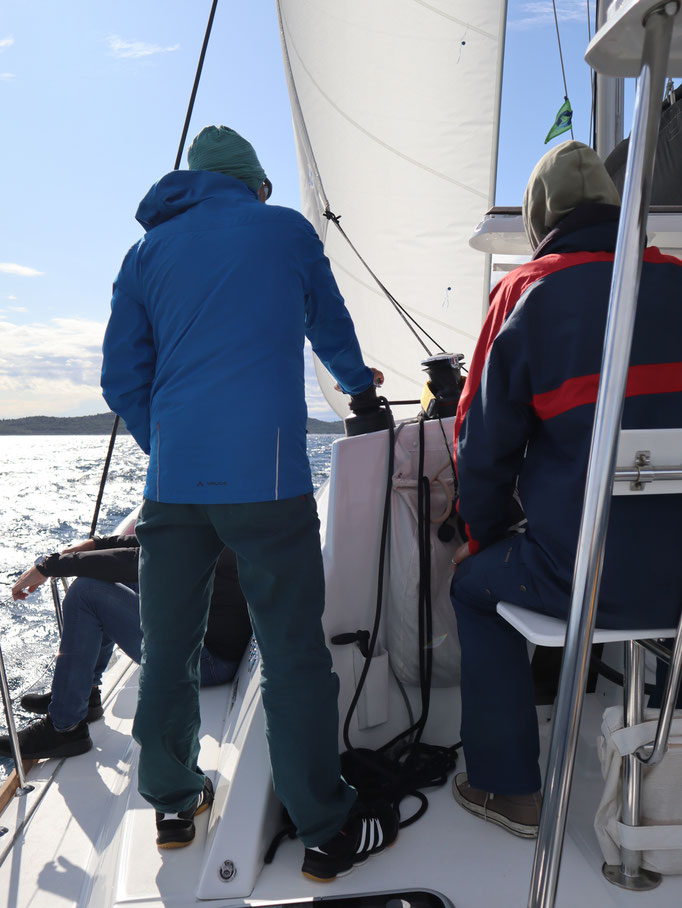 Männer auf Kurs Segeln Coaching: Starkwind