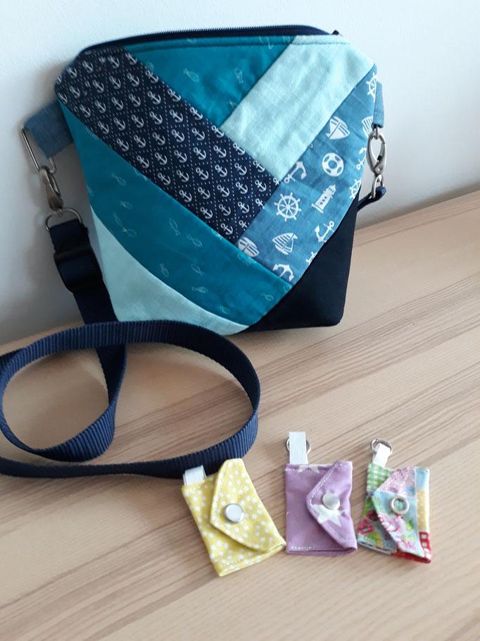 Anhänger für den Einkaufschip: 1 €, Handtasche in Patchworktechnik und Kunstleder für 25€