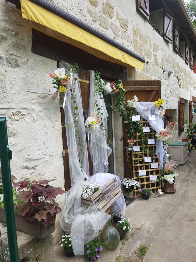 Décoration porte entrée Mariage centre de formation Formafleurs www.formafleurs.com