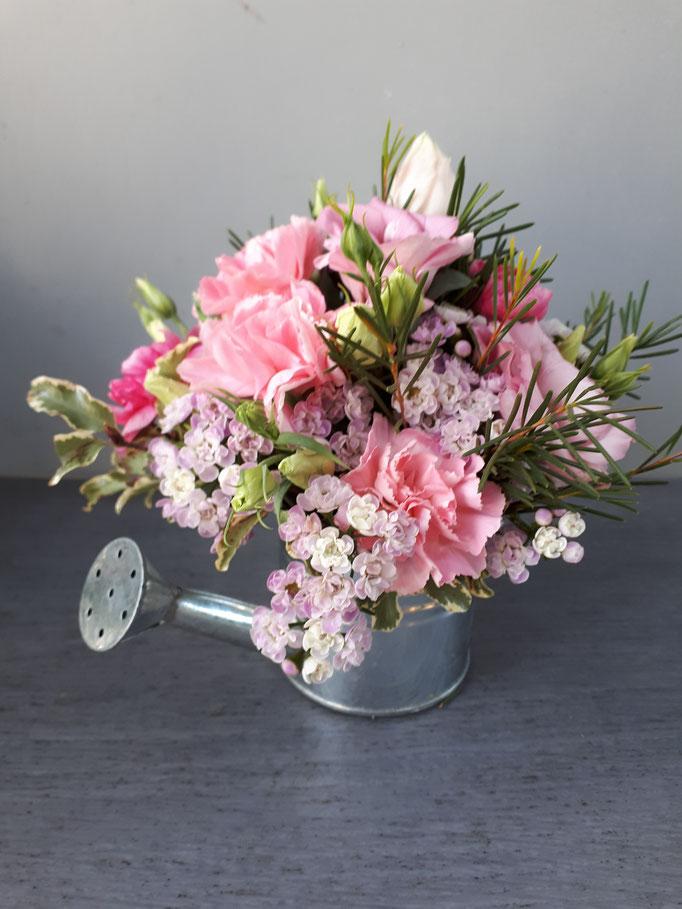 N°) 2 centre de table wax, lisianthus rose, œillet
